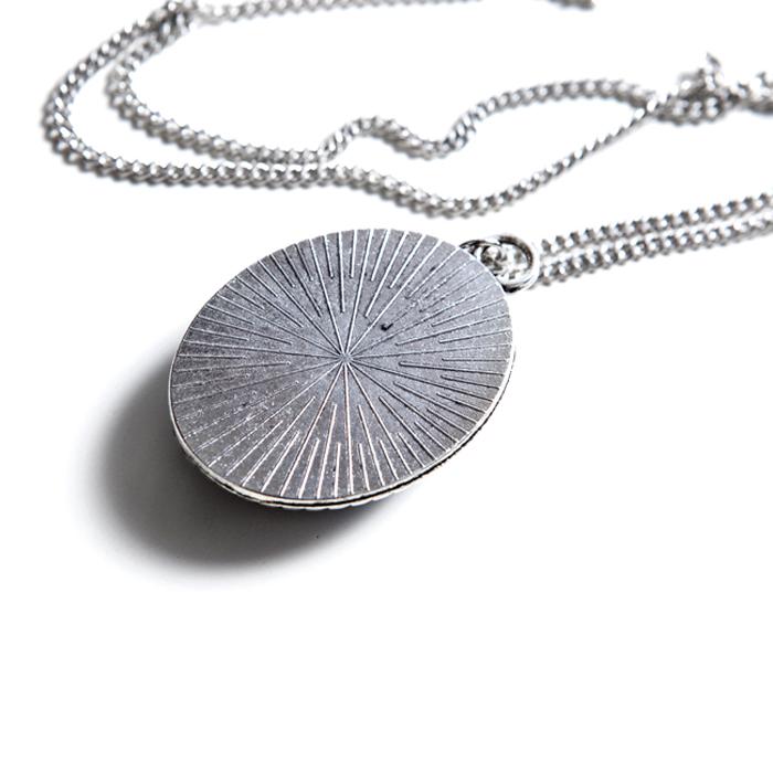 artwork cameo necklace
